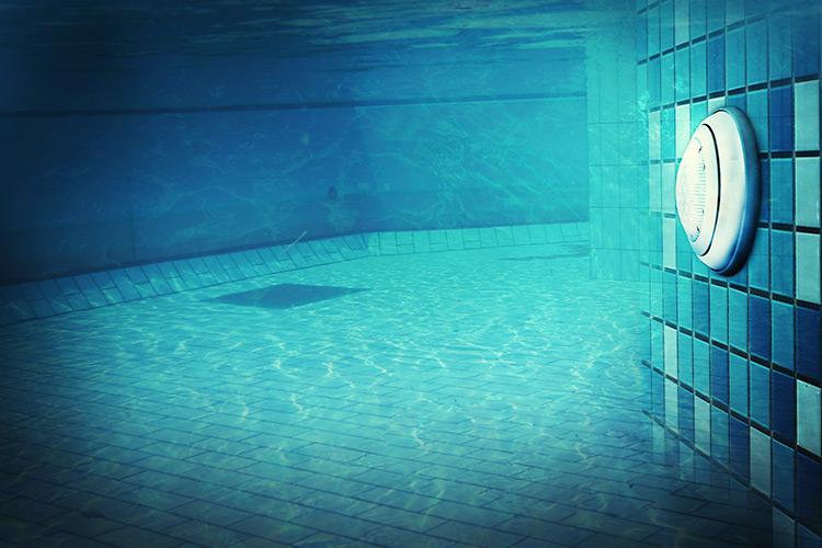 illuminazione-piscine-landscaper