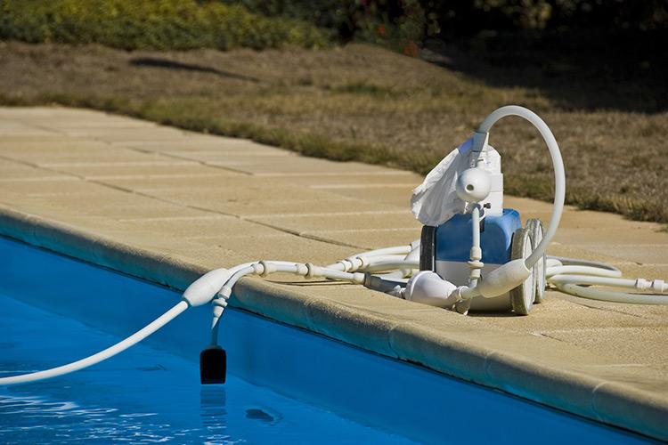 robot-pulitori-piscine-landscaper