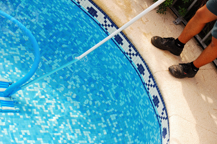 robot-pulitori-piscine-landscaper2