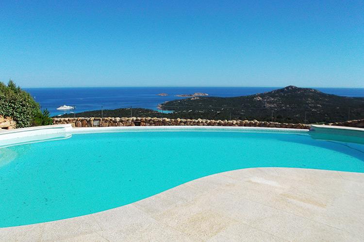 piscina-sfioro-cascata-landscaper
